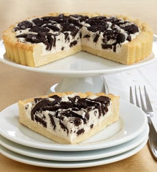 Irresistible Oreo Black & White Cookie Pie