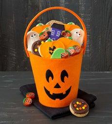 Halloween Trick or Treat Tote - Jack o Lantern - Cheryl's Jack O Lantern Tote with Treats