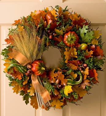 stunning wreath with acorns,fall leaves, berries