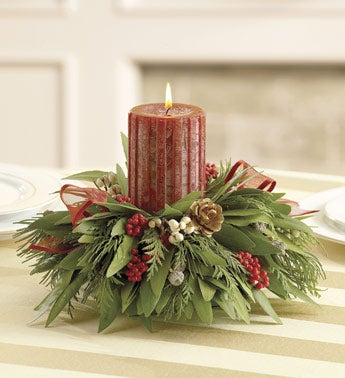 bayleaf and berries candle centerpiece