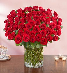 100 Premium Red Roses in a Vase - 100 Red Roses in a Vase