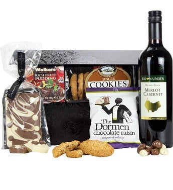 Red Wine and Savories Gift Basket
